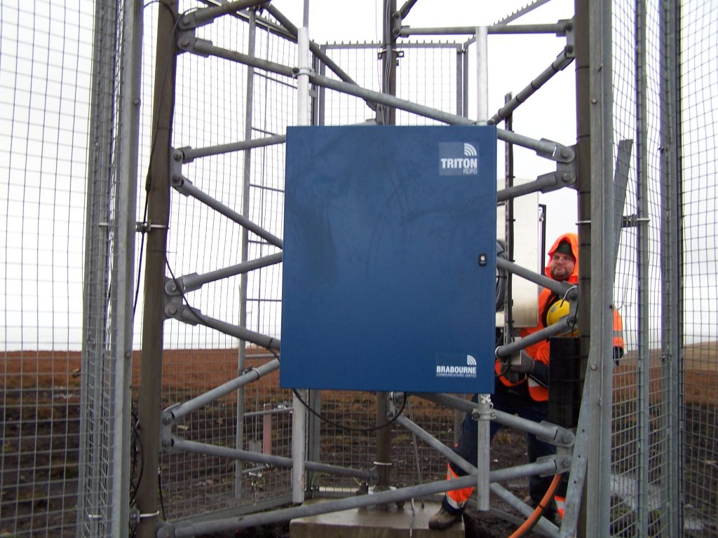 Brabourne Trition Rapid Deployable Radio Network Hub mounted on a met mast